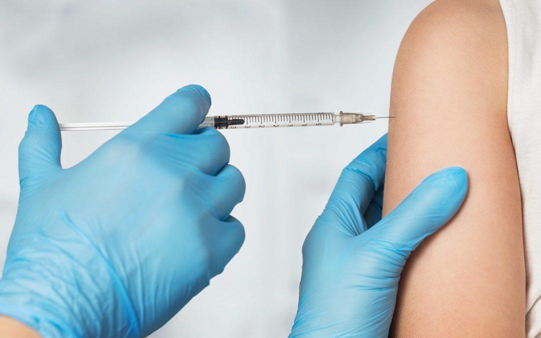 Vacunación COVID-19. Todo lo que debes saber sobre el proceso de vacunación